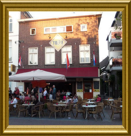 Toff, voormalig café Atgier op de Markt in Helmond.