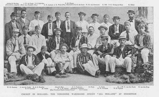 Al in 1893 speelde een Engelse cricketclub tegen een Nederlandse cricketers voornamelijk lid van Rood en Wit op een veld aan de Meerweg in Heemstede
