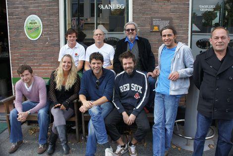 Ben Pilpost van Clarendon's Pub uit Royal Leamington Spa bracht met zijn compagnon Hamish en vier vrienden in september 2012 een uitwisselingebezoek met Kees Heger van café de Eerste Aanleg in Heemstede (foto IJmuider Courant)