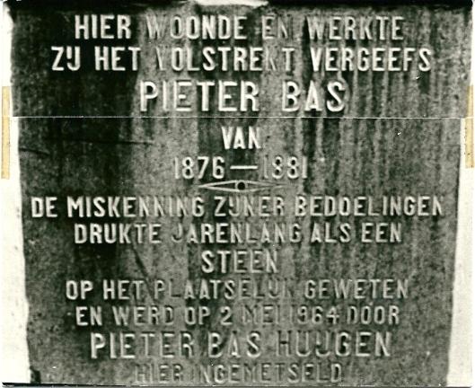 Gedenksteen Pieter Bas in Gouda