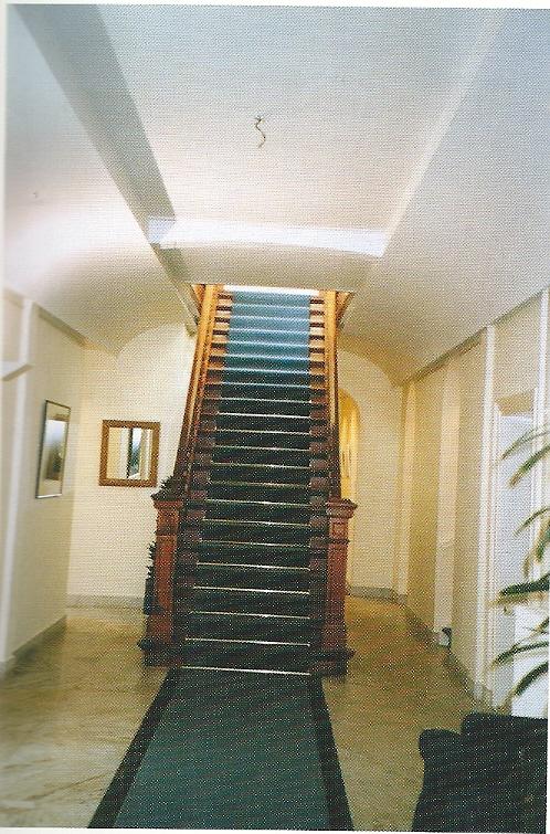De grote trap in het Berkenrode-huis