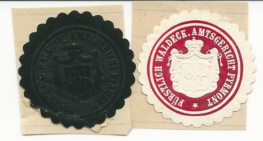 Twee zegels van Amtsgericht Fürstlich Waldeck Pyrmont