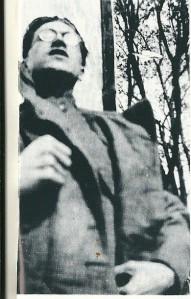 'Soldaat' Godfried Bomans op 20-jarige leeftijd als 'vooroefenaar' van de VrijWillige Landstorm'