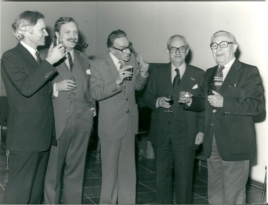 Het college van B. en W. in 1978. Van links naar rechts burgemeester W.H.D.Quarles van Ufford en wethoudersH.J.F.Reeringh, C.J.J.Sprangers, P.M.van Drooge en G.J.Willemse