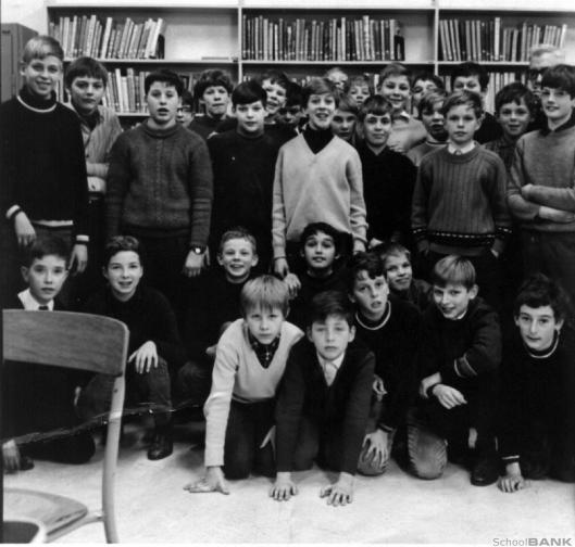In de schoolbibliotheek van de voormalige Henricus ulo, Herenweg 99, Heemstede