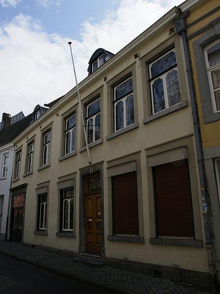Witmakersstraat 7, Maastricht, in 1948 woonhuis-kantoor van de familie Kolle [nu rijksmonument]