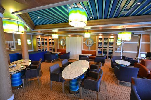 Bibliotheek op cruiseschip Costa Favolosa, Italië