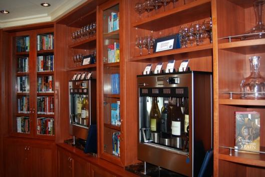 Boeken en drank verenigd in de librarybar