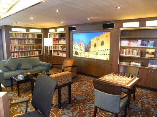 Bibliotheek in de 'Nieuw' Amsterdam van de Holland Amerika Lijn