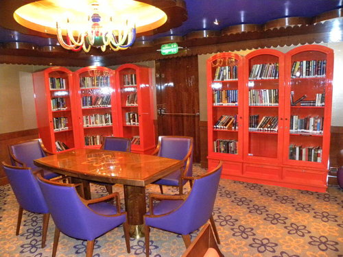 Page Turner Library op cruiseschip 'Carnival Dream', Carnival Cruise Lines