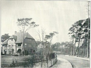 De villa 'Rietvorst aan de Clusiuslaan op een foto uit 1928
