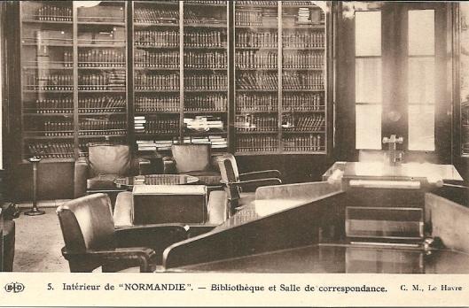 Stoomschip Normandie; bibliotheek en schrijfzaal