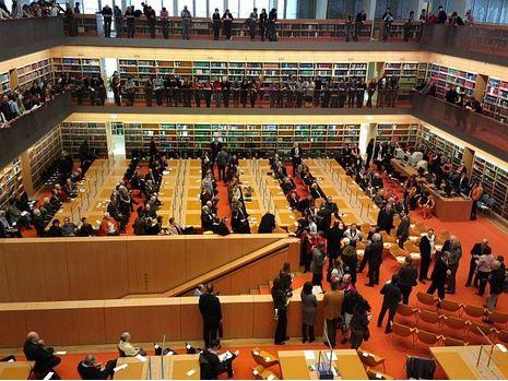 19 maart 2013 vond de opening plaats van de nieuwe leeszaal in de Duitse Staatsbibliothek, Unter den Linden, met 265 werkplaatsen exck. 45 in de rara-ruimte.
