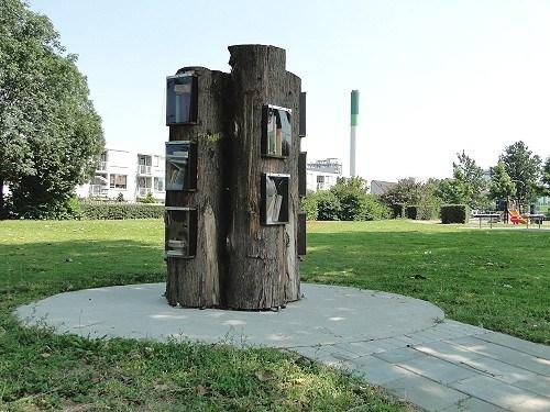 Boekenboom in Zwijndrecht (foto Jo Han Khouw, 26 juli 2012)