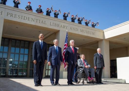 Eén president en 4 nog levende ex-presidenten bij de officiële opening van George W,Bush Library and Museum