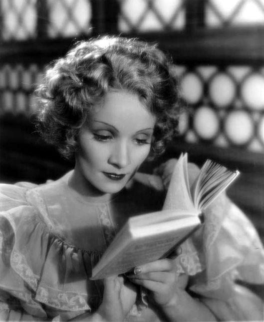 Marlene Dietrich hield echt van lezen.