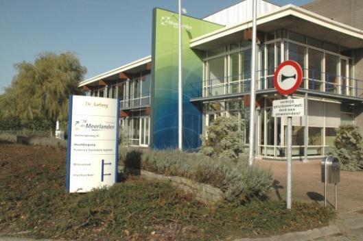 Gebouw de Meerlanden in Rijsenhout (gemeente Haarlemmermeer)
