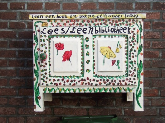 Minibibliotheek in Zutphen, wijk Noordveen.
