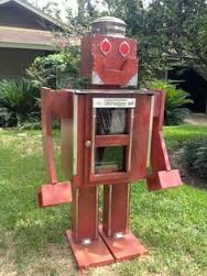 Free little library in de vorm van een robot in Houston, Texas