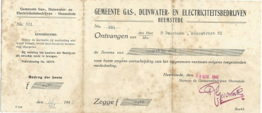Bewijs van te betalen boete van 90 cent vanwege overschrijding rantsoen gas, licht en water in de oorlogsperiode