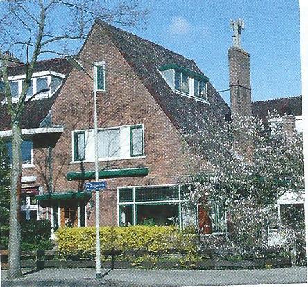 Willem de Zwijgerlaan 24, ontworpen door Huib Tuninga (foto Klaas de Jong)