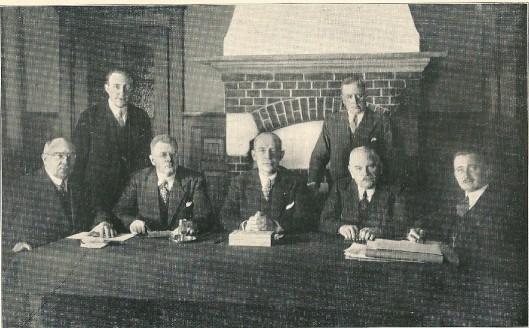 Commissie voor de gemeentebedrijven bijeen in vergadering (1934)
