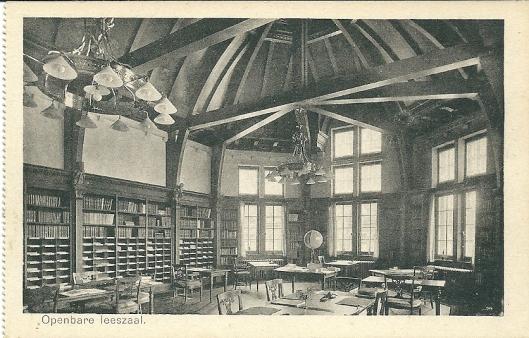 Oude ansicht van leeszaal in Kon. Ver. Koloniaal Instituut