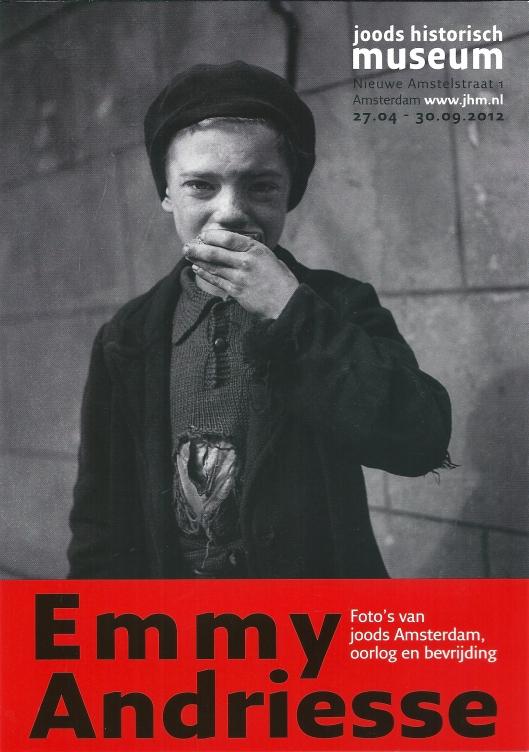 TentoonstellingJoodse foto's van Emmy Andriesse in het Joods Historisch Museum in 2012, nagedrukt door Harm Botman