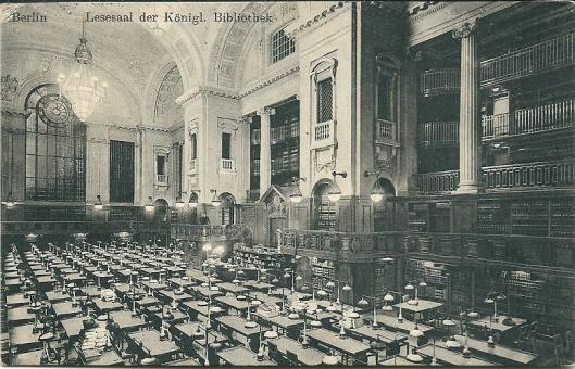 De (koepel)leeszaal van de Duitse Staatsbibliotheek op een ansichtkaart uit 1913