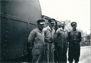 V.l.n.r. Leo Jansen, Arie Jansen, van Hees en Kompier