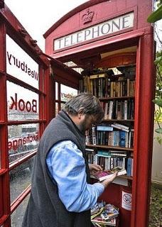 Telefooncabine in een dorpje Somerset, Engeland