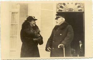 Catalina von Pannwitz en Wilhelm II voor de Hartekamp (fotocollectie P.J.Bussen)