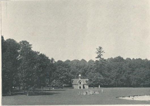 Het (niet meer bestaand) hertenverblijf op de Hartekamp op een foto uit 1901