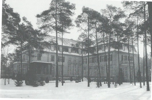 Het Palais Pannwitz is in 1919 door het echtpaar verlaten en heeft vervolgens ongeveer 20 jaar vrijwel leeg gestaan.