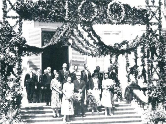 Een ereboog bij gelegenheid van het 100ste bezoek van de keizer aan de Hartekamp