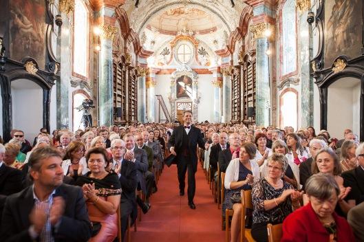 De pronkzaal van klooster Altenburg wordt tegenwoordig ook aangewend voor muziekuitvoeringen