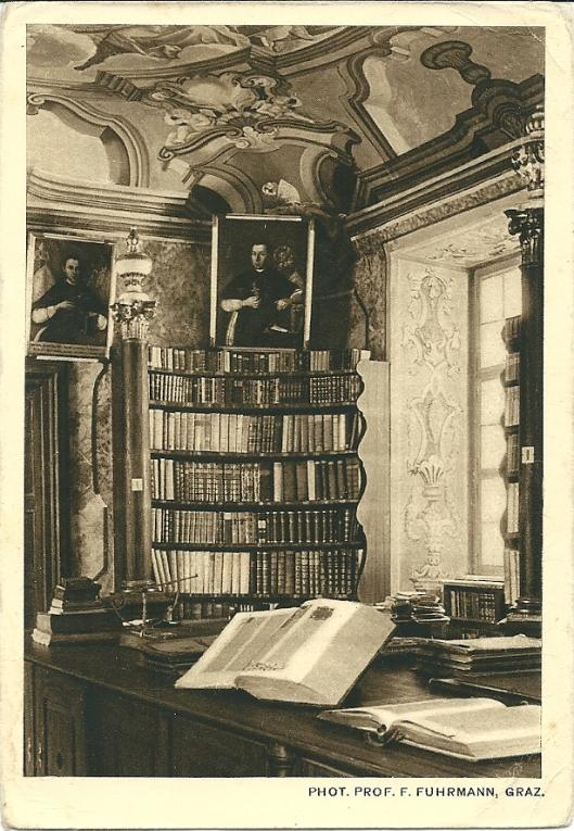 Oude ansichtkaart van bibliotheek in klooster Rein