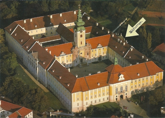 De grote abdij van Seitenstetten  met ligging van de pronkzaalbibliotheek