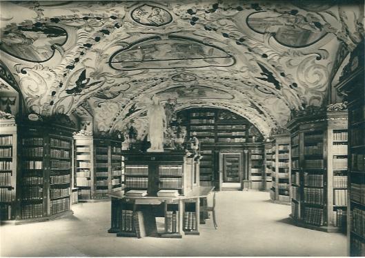 """Informatieve kaart van klooster Liliengeld. Op de achterzijde is vermeld: Bibliothek. Die Deckengemälde malten 1704 die Laienbrüder Ludwig Penckel und jakob Planck. die Schränke führte der Laienbruder Laurenz Schöfferle"""""""
