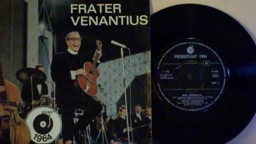 Wim Sonneveld in zijn rol als frater Venantius uit Schin op Geul (grammofoonplaat uit 1964)