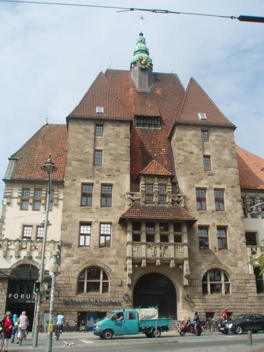 De stadsbibliotheek van Bremen gefotografeerd op 23 augustus 2013