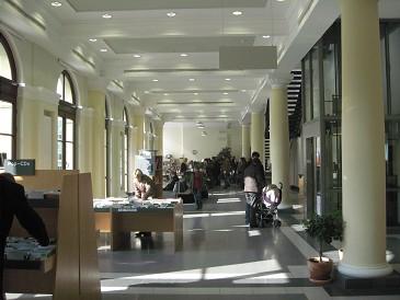 Stadsbibliotheek Braunschweig: entree en uitleen