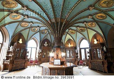 Bibliotheek in slot Marienburg bij Hildesheim