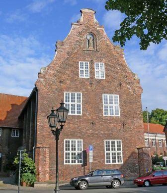Foto van het bibliotheekgebouw Lüneburg