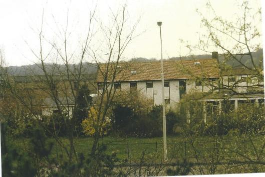 Voormalige bollenschuur van Frans Roozen aan de Herenweg in 1985.