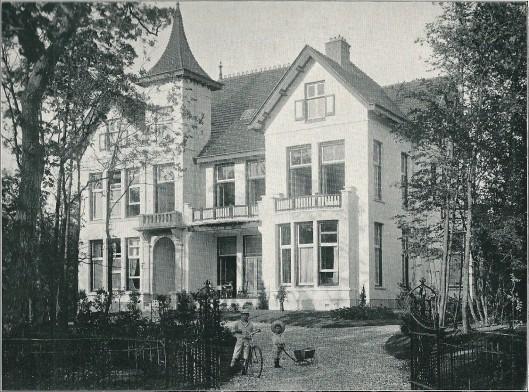 Villa 'Eikenhof', Rijperweg 7, Bloemendaal (J.van den Ban)