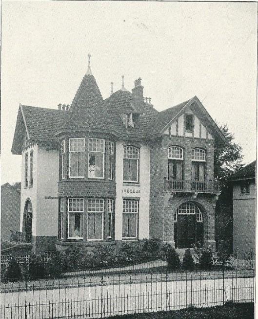 """Villa """" 't Hoekje"""", Bloemendaalseweg 119, Bloemendaal (J.van den Ban)"""