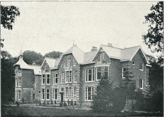 Villa 'Boschkant' met drie woonhuizen, Westerhoutpark Heemstede (J.van den Ban)