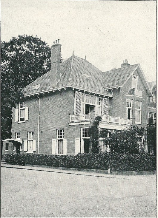 Villa Westerhoutpark, boek Wagenweg Heemstede (J. van den Ban)