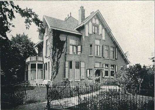 Villa 'Bloemenheuvel' te Hillegom (J. van den Ban)
